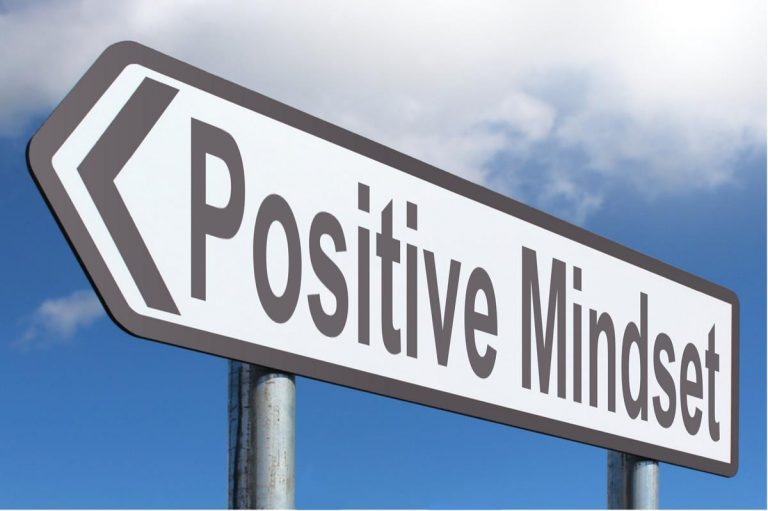 Workplace Tips for Maintaining a Positive Attitude